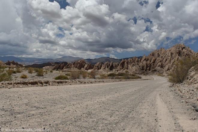 camino de ripio stone diret track to cachi