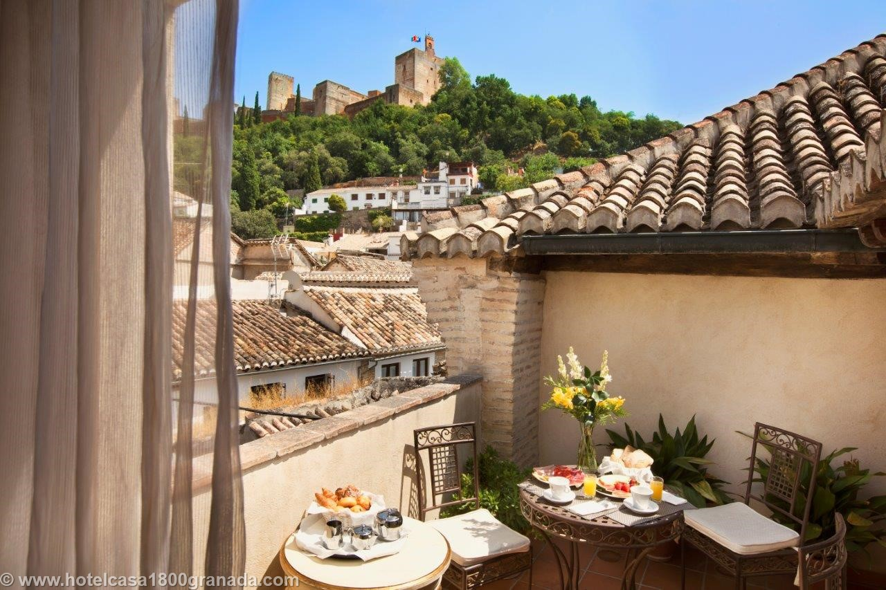 Andalucia diary seasonal travel notes by andrew forbes for Casa de granada terraza madrid